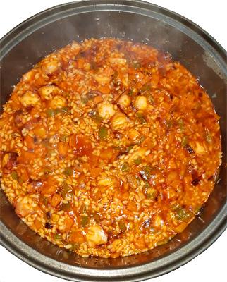 Arroz con pulpo cocido y verduras